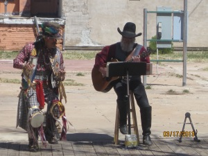 A little live entertainment on the streets of Tombstone