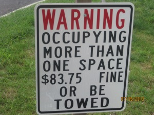 LOL!!! I just put this in here because I like the idea behind this sign.