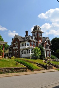 This building was built in 1875 by Jonathan M. Bennett and was used as a family home until 1922. It was then given to the county as a public library to honor her husband and son.