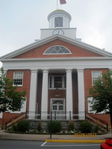 Bedford Courthouse built in 1828. It has a blend of Greek Revival and Federalist architecture