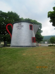 The increased number of cars during the Lincoln Highway era (1912-1940) led to architecture like the Coffee Pot to attract motorists. All across the country oversized buildings were being created in the likeness of objects. This Coffee Pot was built in 1927.