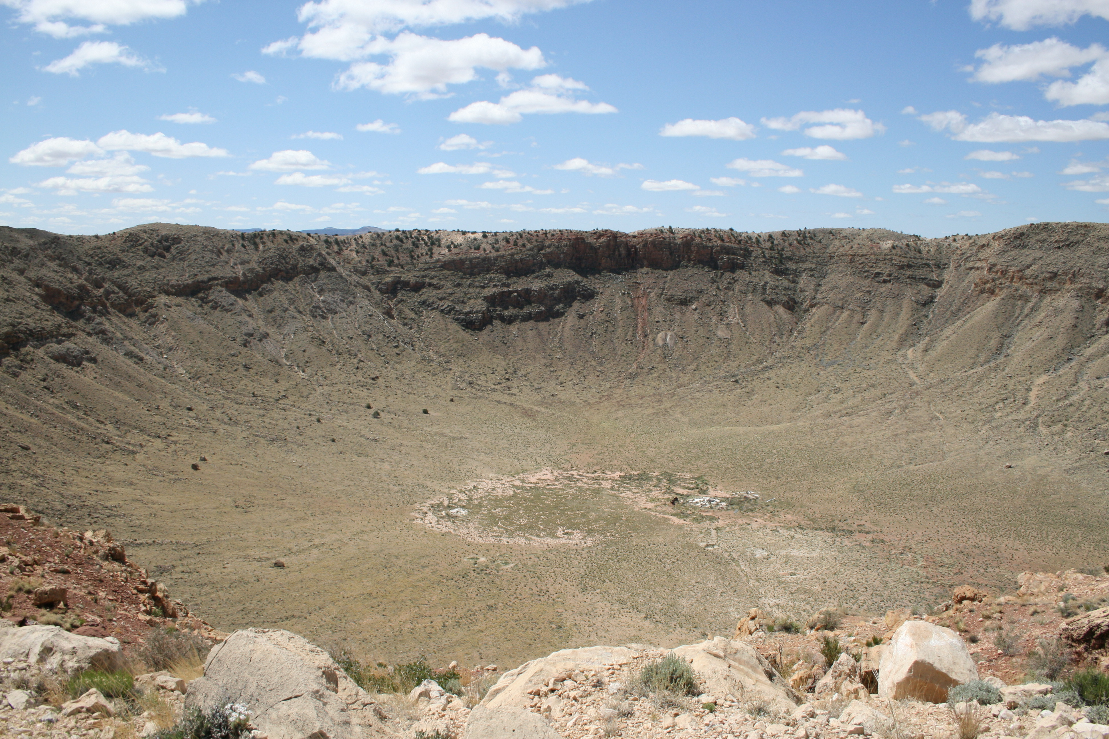 A tour of Meteor Crater outside Winslow Arizona | Dave ...