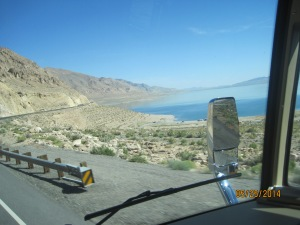 A nice wondering road along the lake just north of Hawthorne Nevada