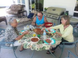 Coleen, Lee & Diane. Coleen makes a mean dish of Jambalaya,,, mmmmm good!!