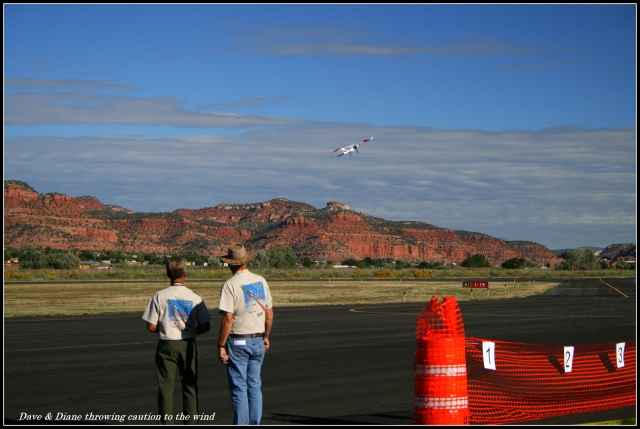 That's Gary on the left (the owner of the campground we stayed at) flying his Apprentice in the airshow.