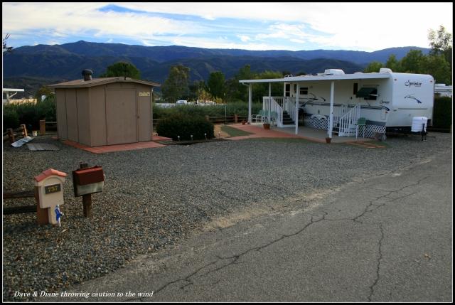 situs besar lain Anda bisa melihat atap RV setelah situs, tapi taman adalah hirarkis dan terbuka menciptakan suasana pribadi