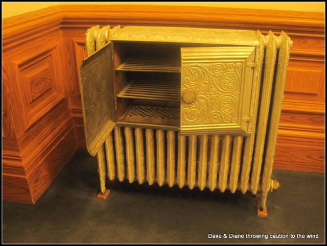 We remember radiators as kids but none we had would open like this. I imagine to put shoes.