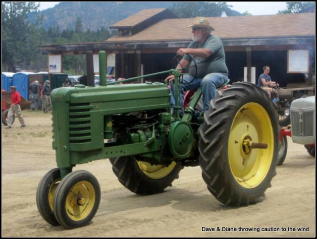 I ran and old John Deer much like this one on the farm.