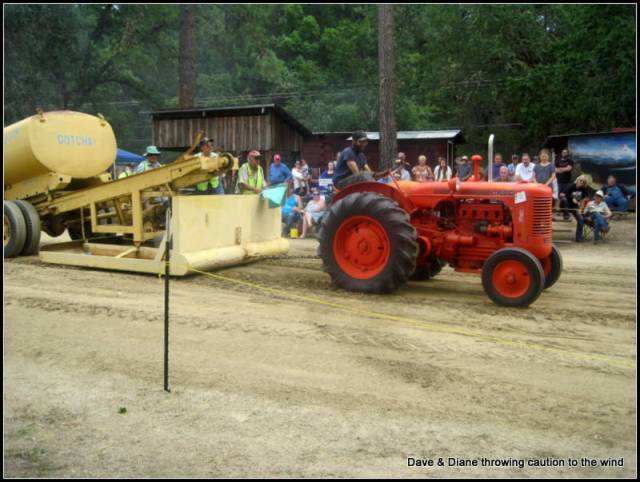 A number of old tractors competed in the pull. None of the high power monsters you see now days but just the old stuff that some of us can relate to from younger years.