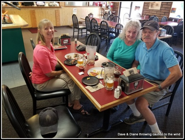 Having pizza & beer with our friends Sherryl & Len.